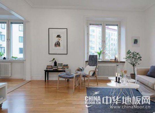 客厅木地板装修效果图;